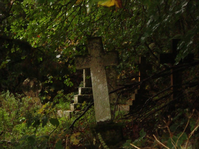 Stone Cross, St Peter's Church Stourhead (c) copyright Sherri Matthews 2013