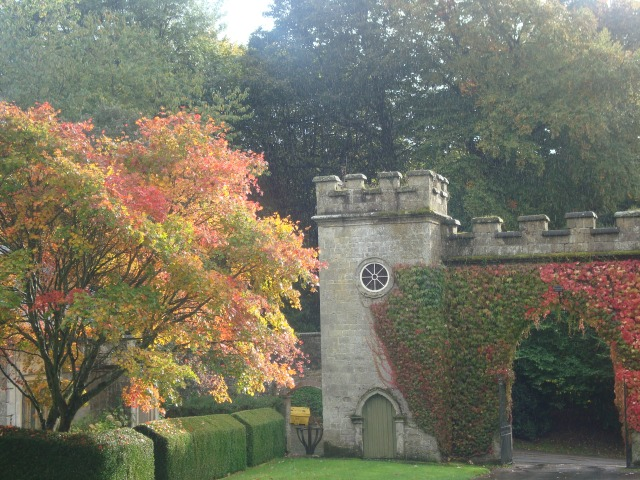 Entrance to Stourhead House from the main road (c) copyright Sherri Matthews 2013