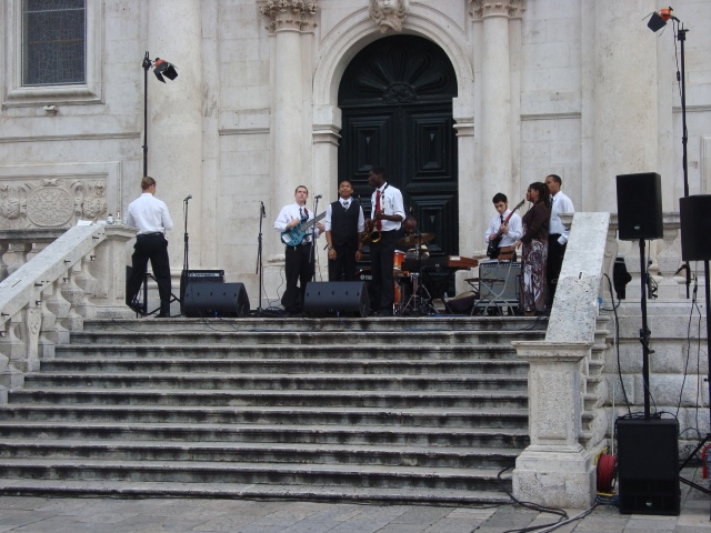 Jazz Bank from Washington D C preparing to play - Dubrovnik (c) Sherri Matthews 2014
