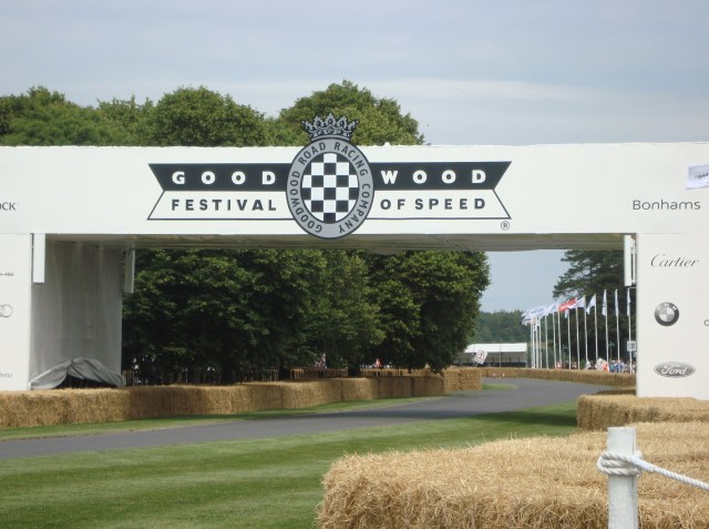 Goodwood Motor Circuit (c) Sherri Matthews 2014