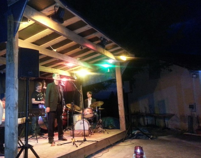 Open-air jazz evening at the back of a bar - France (c) Sherri Matthews 2014