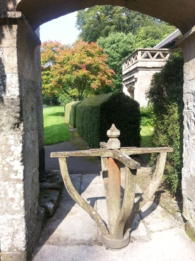 Walking on through the turnstile with the merest of interruptions. Entrance to Stourhead House (c) Sherri Matthews 2014